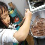 女子必見♪チョコレートを早くうまく溶かす方法と注意点は?